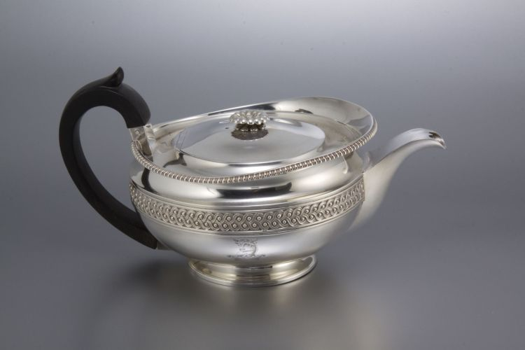 A George III silver teapot, Paul Storr, London, 1816