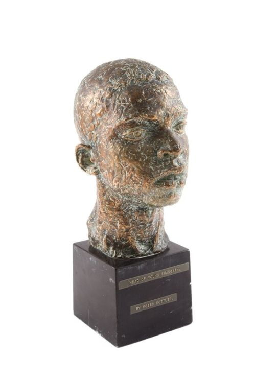 Moses Kottler; A Head of Young Shangaan
