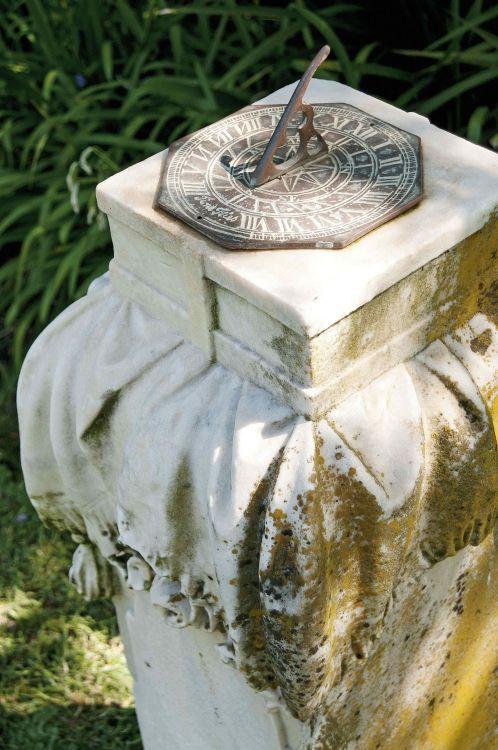 A Victorian white marble pedestal