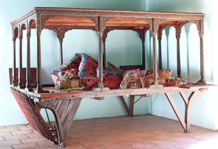 A Persian painted bed, 18th/19th century