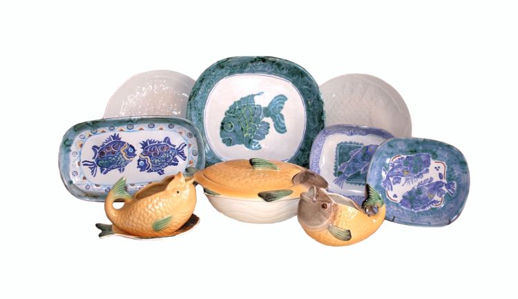 A pair of Shorter & Son Ltd fish tureens and covers, 1913-1946