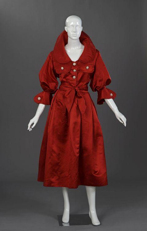 A soft tailored crimson pure silk Duchesse satin evening two piece