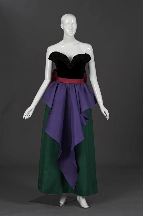 A gala gown with black velvet bodice