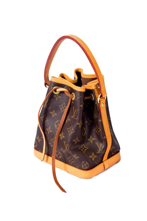 A Louis Vuitton drawstring bag