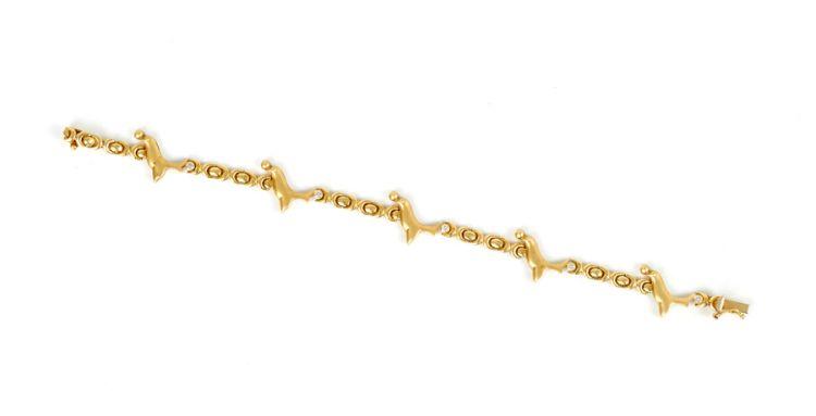 An Italian 18ct gold and diamond bracelet