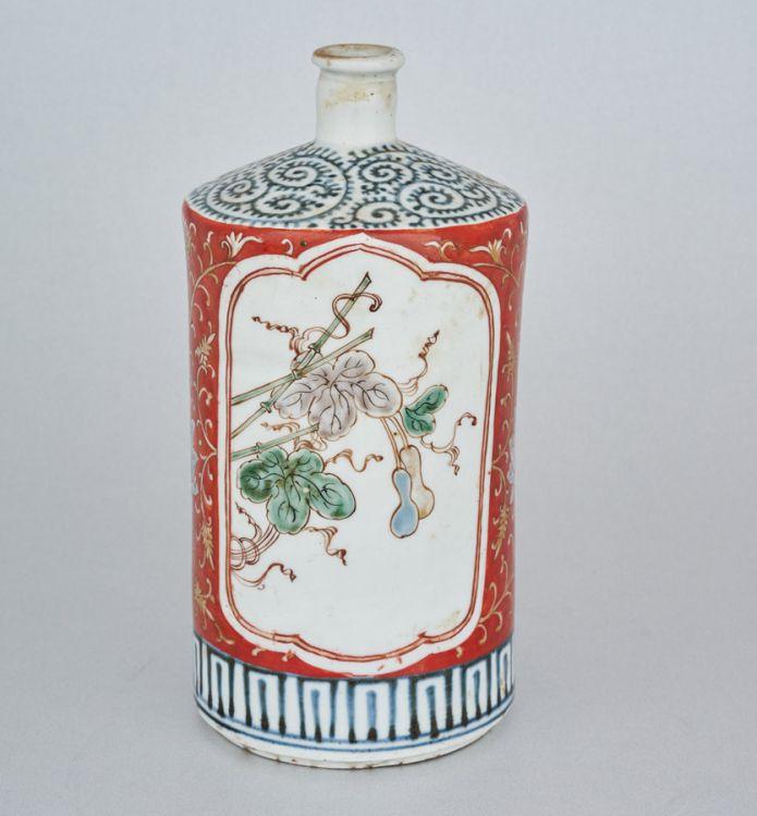 A Japanese tokkuri, 19th century