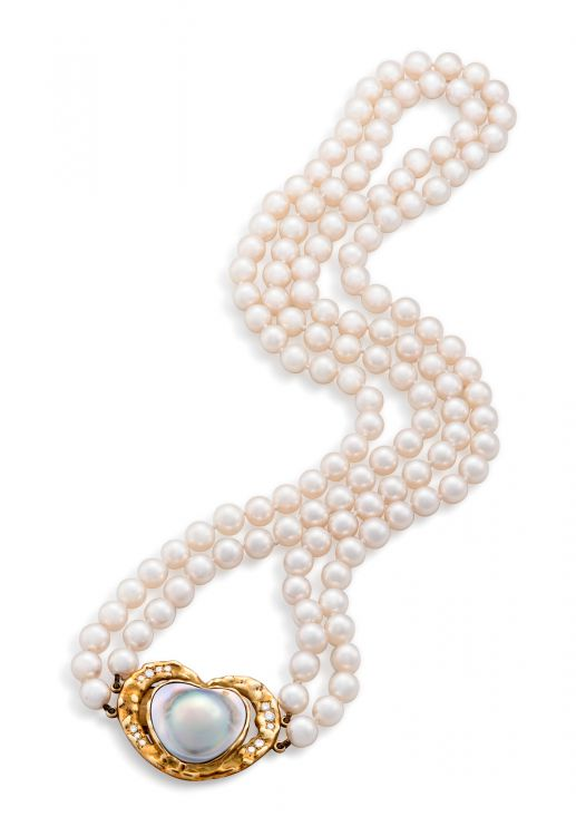Double-strand pearl, diamond and gold necklace