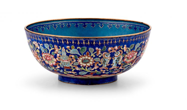A Chinese polychrome enamel bowl, Qing Dynasty, 19th century