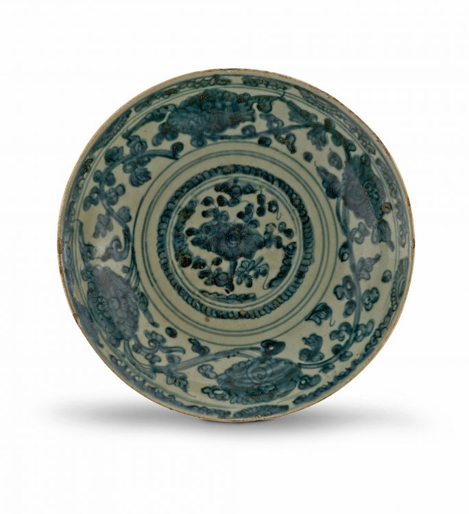 A blue and white 'Swatow' Zhangzhou dish, 17th century