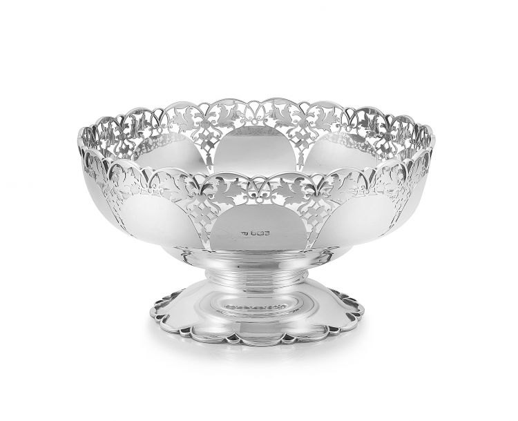 A George V silver rose bowl, Mappin & Webb Ltd, Sheffield, 1932