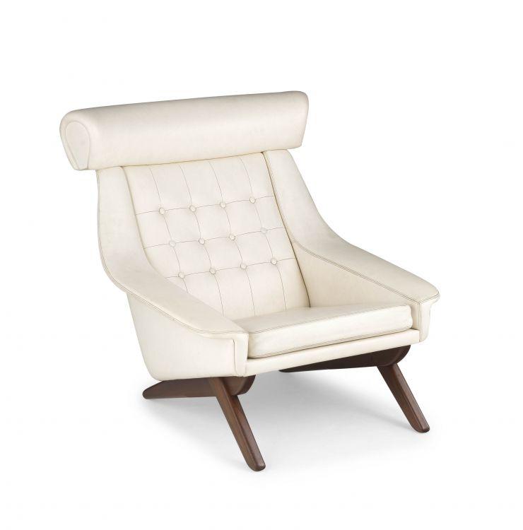 A Danish teak and vinyl 'Ox' lounge chair designed in 1960 by Illum Wikkelsø for Søren Willadsens Møbelfabrik