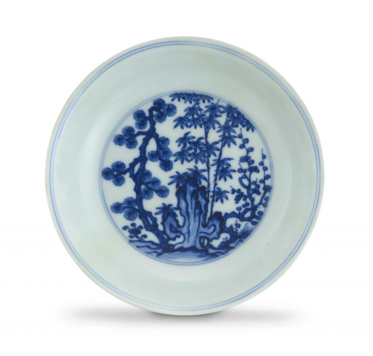 A Chinese blue and white Ming-style dish, Qing Dynasty, 18th century