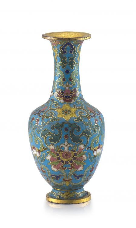 A Chinese cloisonné enamelled vase, Qing Dynasty, Qianlong period, 1735-1796