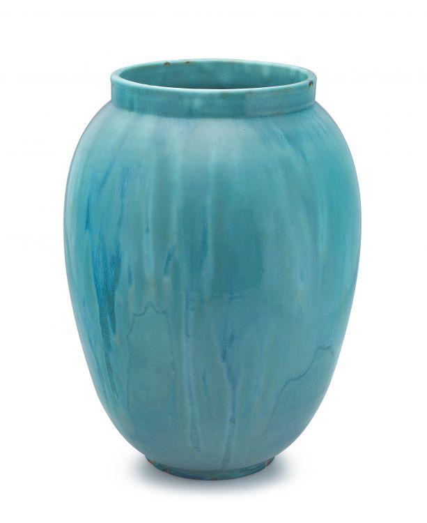A large Linn Ware vase, 1930s