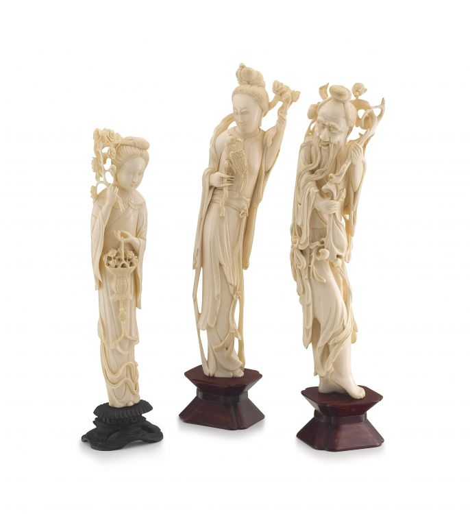 A Chinese ivory figure of a Guanyin, Qing dynasty, late 19th century