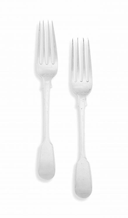 A pair of Cape silver 'Fiddle' pattern dessert forks, William Moore, 19th century