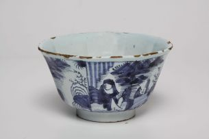 A Dutch Delft blue and white tea bowl, late 18th century