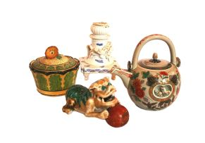 A Japanese Imari teapot and cover, modern