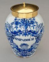 A Dutch Delft De Claeuw tin-glazed blue and white snuff jar, 18th/19th century