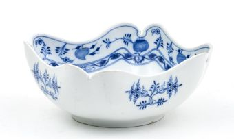 A Teichert Meissen Blue Onion pattern bowl, 20th century