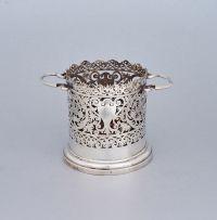 An Edward VII pierced silver two-handled wine cooler, Williams (Birmingham) Ltd, Birmingham, 1904