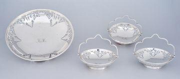 A George V pierced silver dish, Deakin & Francis, Birmingham, 1916