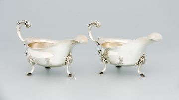 A pair of Victorian silver sauce boats, Rowlands & Frazer, London, 1895
