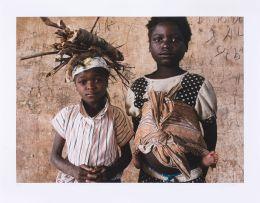 Guy Tillim; Kunhinga Portraits: Eugenia Namukundu and Rafaela Catimba
