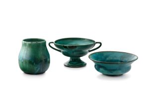 A Linn Ware viridian green-glazed bowl