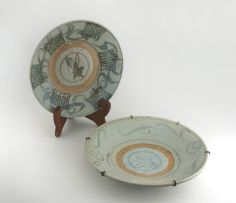 A Tongking blue and white stoneware dish, 18th century