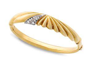 Italian diamond and 18ct gold bangle