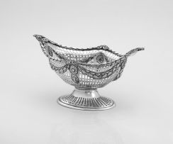 A late Victorian silver pierced basket, Goldsmiths & Silversmiths Co Ltd, London, 1900