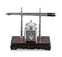 A Chinese Export silver and hardwood ink stand, Luenwo, Guang Li, Shanghai, late 19th/early 20th century