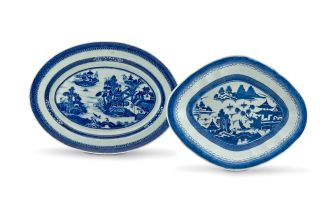 A Chinese Export blue and white oval dish, Qing Dynasty, 18th/19th century