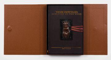 Elna Pritchard; Tienie Pritchard: Sculptor of the Nude