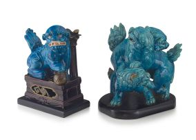 A Chinese turquoise-glazed figural group of contesting dog-of-fo, late 19th/early 20th century