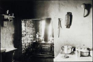Cedric Nunn; Amy Madhlawu Louw's Kitchen