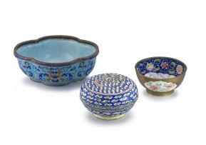 A Chinese Canton enamel bowl, Qing Dynasty, 18th/19th century