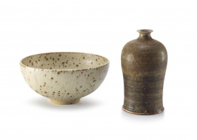 A mottled beige and brown glaze stoneware bowl, Barbara Cass (1921-1992)