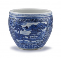 A Chinese blue and white jardinière, Qing Dynasty, 19th century