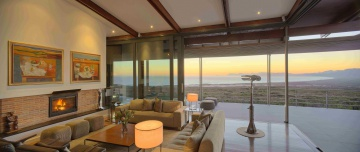 Weekend stay for 8 to 10 people at Grootbos, a luxury eco-reserve close to the southern tip of Africa tucked between mountains, forest and sea